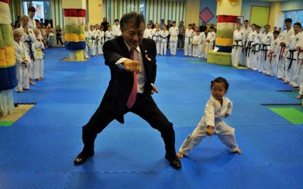 Legend International Taekwondo Federation Choi Jung Hwa visited Ussuriisk